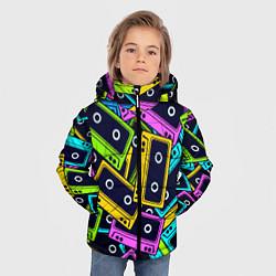 Куртка зимняя для мальчика Неоновые кассеты цвета 3D-черный — фото 2