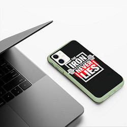Чехол iPhone 11 матовый The iron never lies цвета 3D-салатовый — фото 2