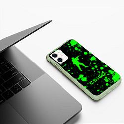 Чехол iPhone 11 матовый CS:GO logo цвета 3D-салатовый — фото 2