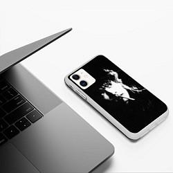 Чехол iPhone 11 матовый Цой с сигаретой цвета 3D-белый — фото 2