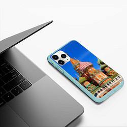 Чехол iPhone 11 Pro матовый Храм Василия Блаженного цвета 3D-мятный — фото 2