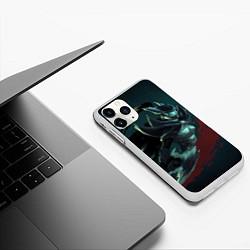 Чехол iPhone 11 Pro матовый Phantom Assassin цвета 3D-белый — фото 2