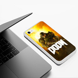 Чехол iPhone 6/6S Plus матовый DOOM: Soldier цвета 3D-белый — фото 2