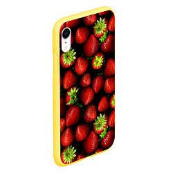 Чехол iPhone XR матовый Клубничка цвета 3D-желтый — фото 2