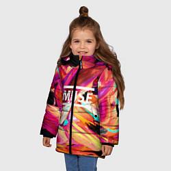 Куртка зимняя для девочки MUSE: Neon Colours цвета 3D-черный — фото 2
