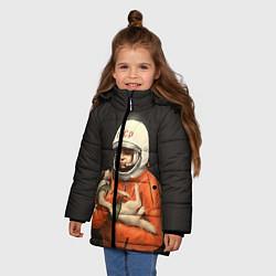 Детская зимняя куртка для девочки с принтом Гагарин с лайкой, цвет: 3D-черный, артикул: 10064259506065 — фото 2