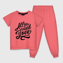 Пижама хлопковая детская All you need is love цвета коралловый — фото 1