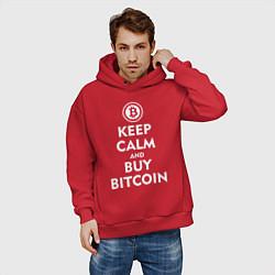 Толстовка оверсайз мужская Keep Calm & Buy Bitcoin цвета красный — фото 2