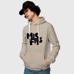 Толстовка-худи хлопковая мужская Misfits цвета миндальный — фото 2