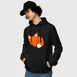 Толстовка-худи хлопковая мужская Спящий лисёнок цвета черный — фото 2