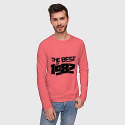 Лонгслив хлопковый мужской The best of 1982 цвета коралловый — фото 2