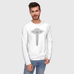 Лонгслив хлопковый мужской Эмблема цвета белый — фото 2