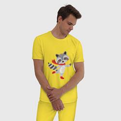 Пижама хлопковая мужская Новогодний енот цвета желтый — фото 2