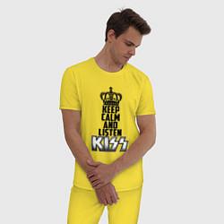 Пижама хлопковая мужская Keep Calm & Listen Kiss цвета желтый — фото 2
