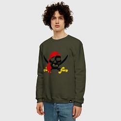 Свитшот хлопковый мужской Пиратская футболка цвета хаки — фото 2