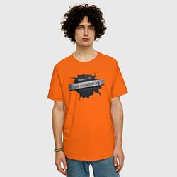 Футболка оверсайз мужская Главный по железу цвета оранжевый — фото 2