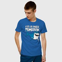 Футболка хлопковая мужская Im A Nice Shark цвета синий — фото 2