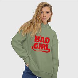 Толстовка оверсайз женская Bad Girl цвета авокадо — фото 2