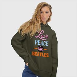 Толстовка оверсайз женская Love peace the Beatles цвета хаки — фото 2