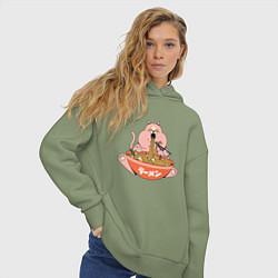 Толстовка оверсайз женская Толстый кот ест лапшу рамен цвета авокадо — фото 2