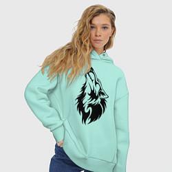 Толстовка оверсайз женская Воющий волк цвета мятный — фото 2