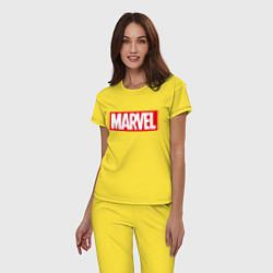 Пижама хлопковая женская MARVEL цвета желтый — фото 2