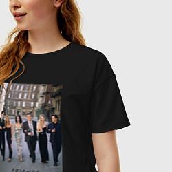 Футболка оверсайз женская Friends цвета черный — фото 2