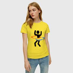 Футболка хлопковая женская Portal Рoops цвета желтый — фото 2