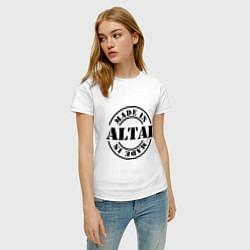 Футболка хлопковая женская Made in Altai цвета белый — фото 2